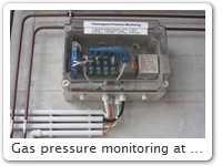 Gas pressure monitoring at Interlabor Belp AG The fill level of 2 cylinders helium, hydrogen, argon and air is measured.